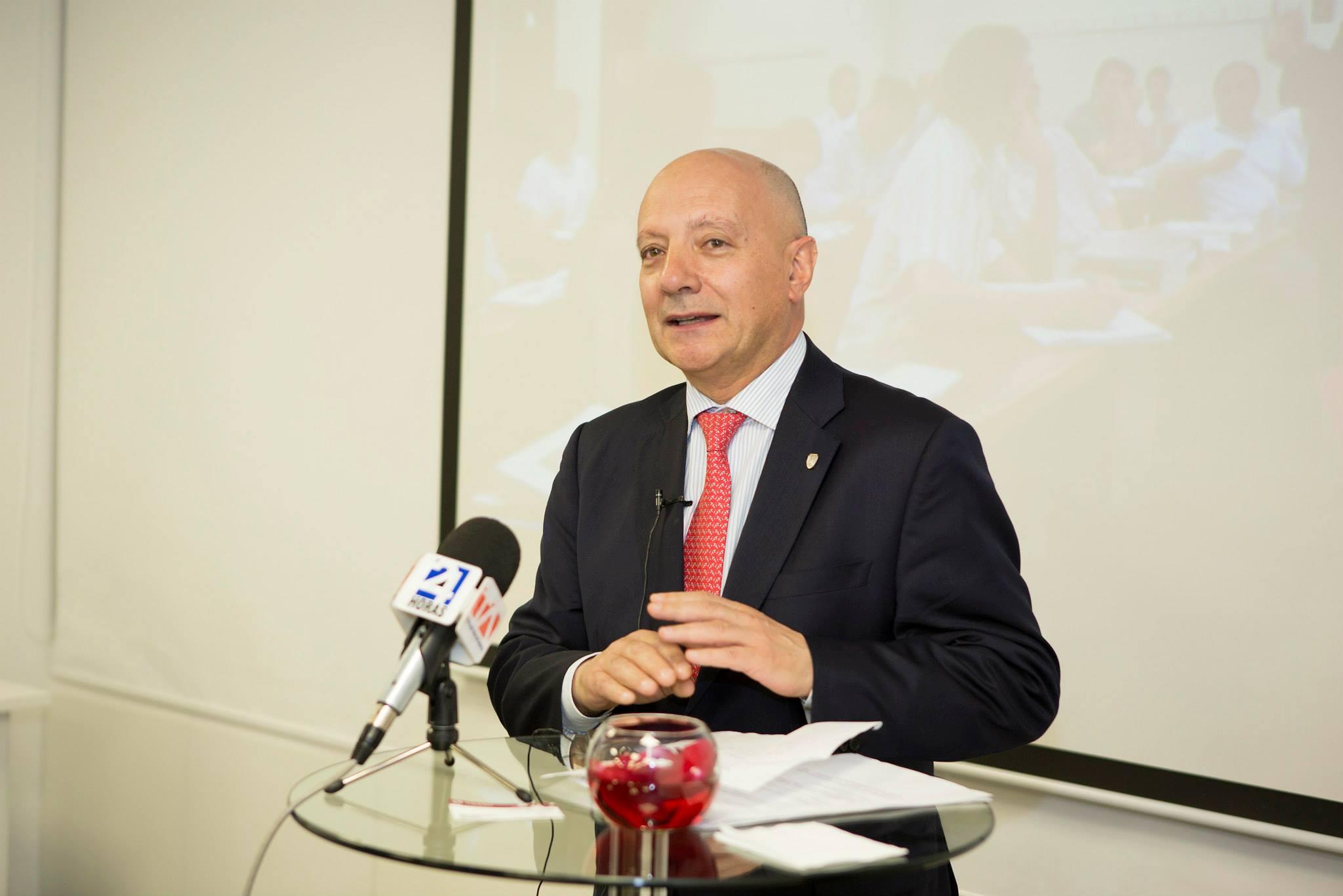 Ricardo Greco Guiñazú hablando del futuro de ADEN en Latinamérica