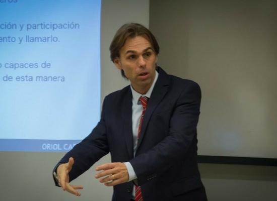 Profesor ADEN IBS Oriol Cabané