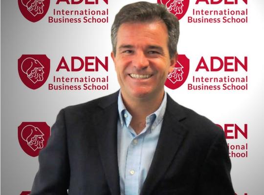 Profesor ADEN IBS Gerardo Castillejo