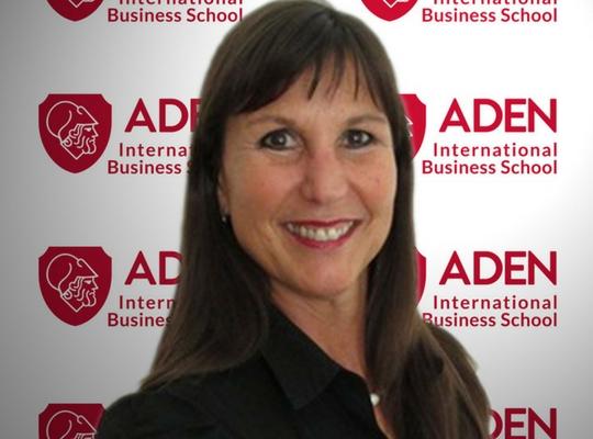 Profesora ADEN IBS Cecilia Boggi