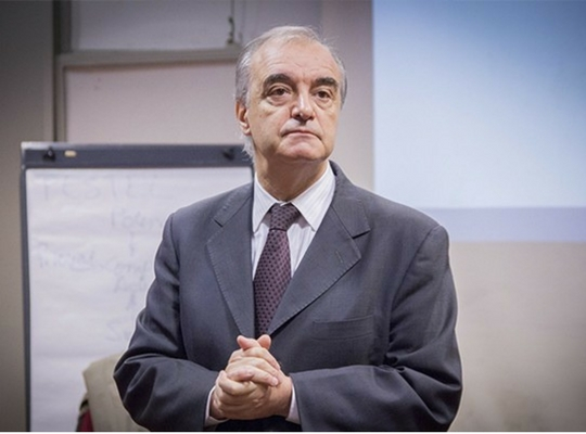 Profesor ADEN IBS Daniel Cucchi