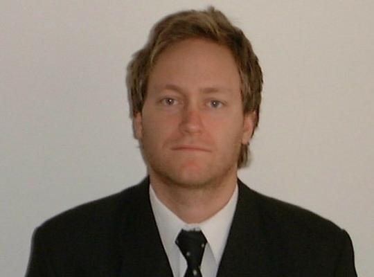 Profesor ADEN IBS Marcelo Delfino
