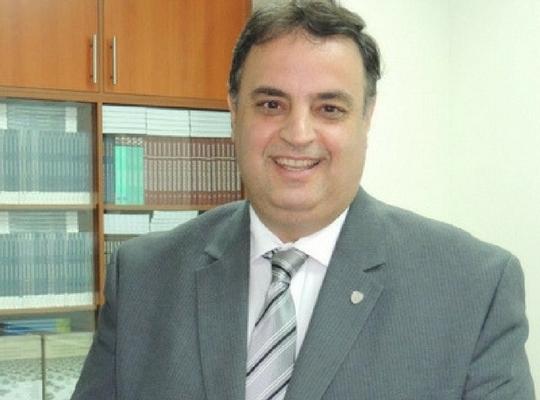 Profesor Sergio Tertusio