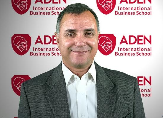Profesor ADEN IBS - Fernando Urdaniz