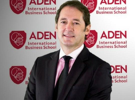 Profesor ADEN Fabián Pérez